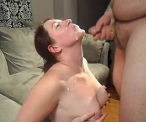 Voluptuous amateur bitch clearly has learned of Linda Lovelace