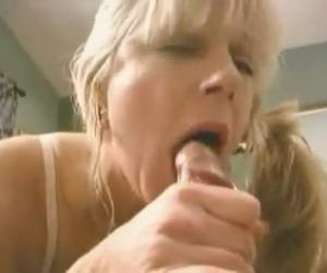 Mother swallows all the cum away
