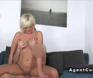 Mature fucks till facial in casting