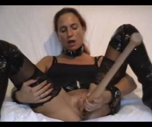 A dildo is not big enough for her pussy, she fucks a baseball bat